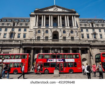 LONDON, UK - JUNE 11, 2015: People visiting the Bank of England