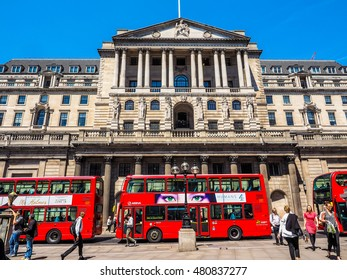 LONDON, UK - JUNE 11, 2015: People visiting the Bank of England (HDR)