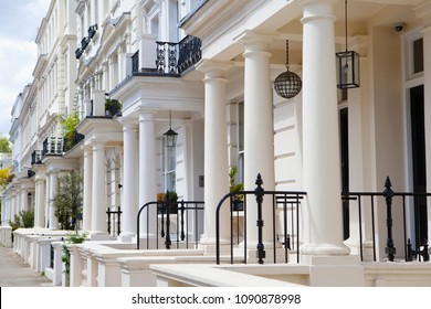 LONDON, UK - MAY 10th, 2018: Beautifull houses in Notting Hill.The area is known for being a cosmopolitan neighbourhood, hosting the annual Notting Hill Carnival and Portobello Road Market