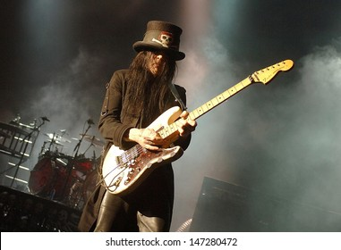 London. UK. Mick Mars of Motley Crue performing live at the Hammersmith Apollo in London. 11th June 2007.