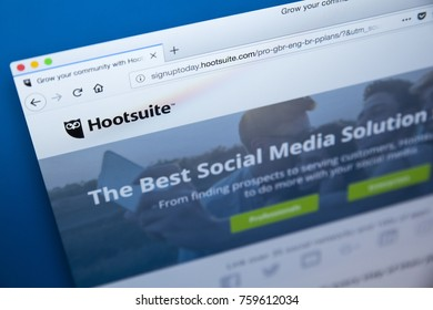LONDON, UK - NOVEMBER 20TH 2017: The homepage of the official website for Hootsuite - the social media management platform, on 20th November 2017.