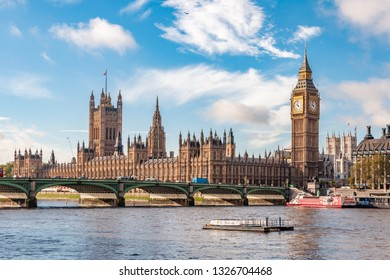 LONDON, UK- NOVEMBER 8, 2012:  Big Ben and Westminster parliament with colorful sky.
