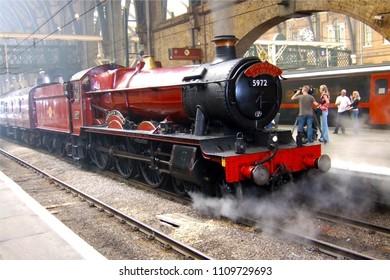 London, UK, September 1st 2003. Hogwarts express train filming at Kings Cross railway station, Harry Potter movie