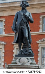 LONDON, UK - SEPTEMBER 20: Statue of Captain James Cook on a stone plinth by Thomas Brook. Completed in 1914 and situated near Admiralty Arch, The Mall, London SW1, UK . Taken on 20 September 2015