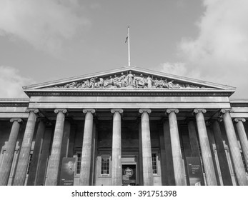 LONDON, UK - SEPTEMBER 28, 2015: Tourists visiting the British Museum in black and white