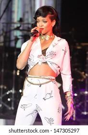 London, UK. Singer Rihanna performs her 777 secret gig tour at the HMV Forum in Kentish Town in London. 19th November 2012.