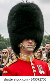 London, UK-July 06, soldier of the royal guard, July 06.2014 in London