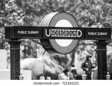 London Underground Entrance and Subway - LONDON / ENGLAND - SEPTEMBER 19, 2016