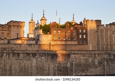 London / United Kingdom - 20 05 2018: beautiful beauchamp tower in the evening sun