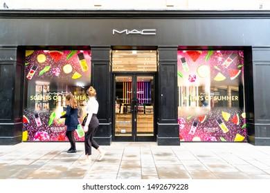 Mac Cosmetics Images, Stock Photos & Vectors | Shutterstock
