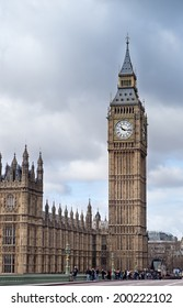 LONDON, UNITED KINGDOM - MARCH 24: The Elizabeth Tower on March 24, 2014 in London. The Clock Tower, named in tribute to Queen Elizabeth II in her Diamond Jubilee, more popularly known as Big Ben.