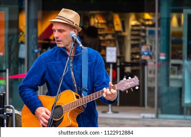 LONDON, UNITED KINGDOM - MAY 12 2018: Unidentified  street musician at Covent Garden Market