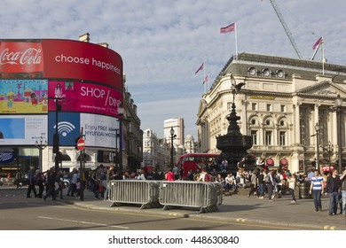LONDON, UNITED KINGDOM - SEPTEMBER 11 2015: Overview of Piccadilly Circus square at Day time, with Ripley's building and famous neon signs