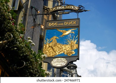 London-19.09.2014-- English pub sign-Dog and Duck