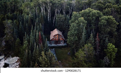 Lone cabin in the woods. Cabin Porn