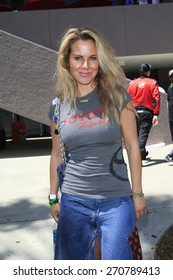 LONG BEACH - APR 18: Kate Del Castillo at the Toyota Grand Prix Of Long Beach Pro/Celebrity Race - Race Day on April 18, 2015 in Long Beach, California