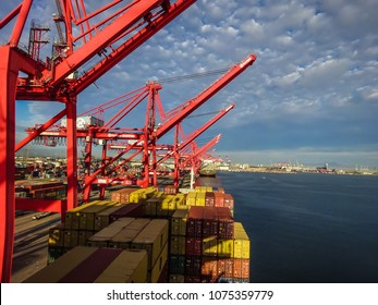 Long Beach, California / USA - October 26 2015 : Container vessel alongside in the port