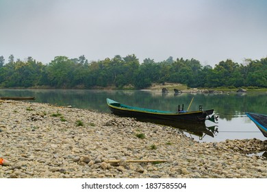 Long Boat for travel to Nat Kyun, Fairy Island in Mali Kha River , Machanbaw, Kachin State, Myanmar.