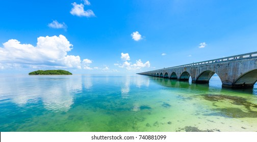 Long Bridge at Florida Key's - Historic Overseas Highway And 7 Mile Bridge to get to Key West, Florida, USA