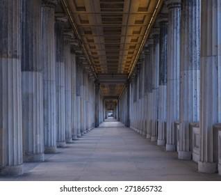 A long corridor between many columns