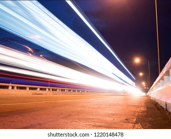 long exposure, The light of the car on the street