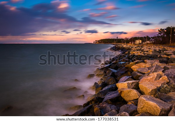 Long exposure on the Chesapeake Bay at sunset, in Tilghman Island, Maryland.
