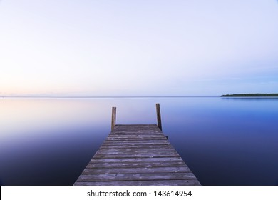 Long exposure of a port in the lake