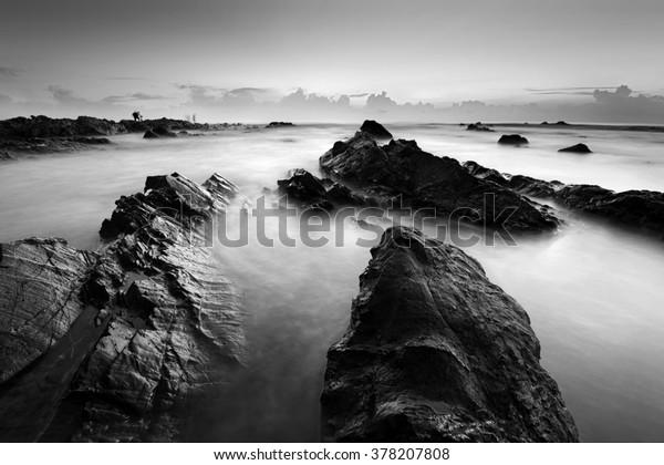 Длительное воздействие морской пейзаж в черно-белом. Состав природы.