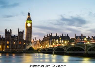 long exposure of Westminster
