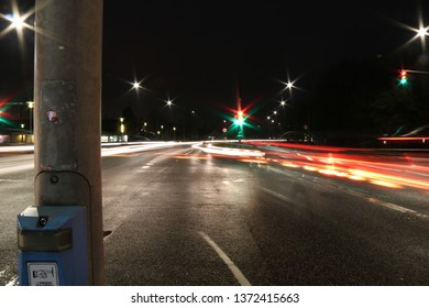 A long exsposure photograf of cars driving by