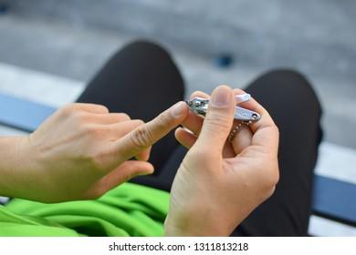 Long nail clippers