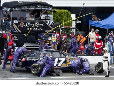 LONG POND, PA - JUNE 06: Matt Kenseth makes a pit stop for the Gillette Fusion ProGlide 500 race at the Pocono Raceway in Long Pond, PA on June 6, 2010