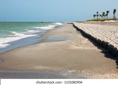 Long stretch of beach in Sanibel Island, Florida.