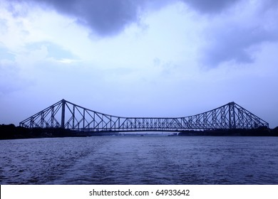 Long view of Howrah bridge in the evening light.