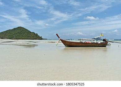 Longtail Boat at Loh Ba Kao Bay on Koh Phi Phi Island, Thailand, Asia
