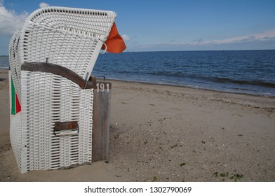 lonley beach chair