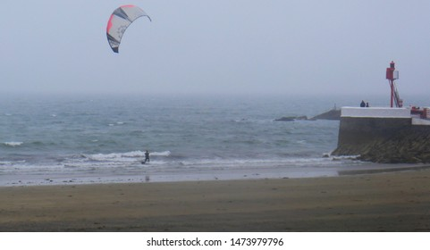 Looe, Cornwall, UK. August 8, 2019 East Looe beach, Cornwall, as the Boardmasters festival Newquay was cancelled because of the severe weather, others on the south coast of Cornwall are having fun.