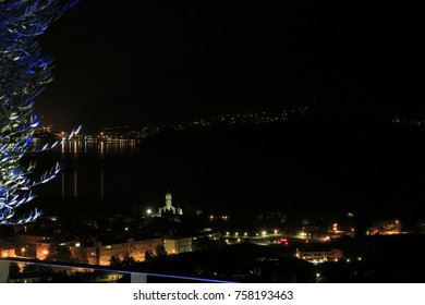 Look at Gravedona in Lake Como at night