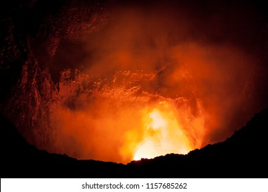 look inside a activ volcano in nicaragua masaya volcano