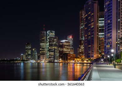Looking across the Brisbane river to the city