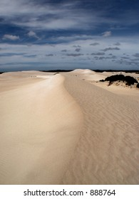 Looking along a tall sand dune (some noise)