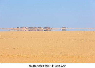 Looking at a mirage in the desert between Abu Simbel and Aswan