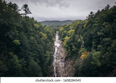 Looking over Quechee Gorge and the Ottaquechee River at the start of fall, Vermont, USA