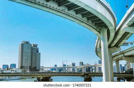 Looking up the Tokyo Under Highway, at Ariake city