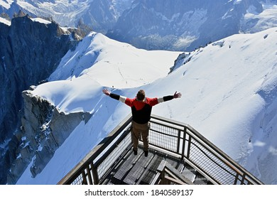 Looking to the White Valley, Mont Blanc massif from Aiguille du Midi 3842m, Chamonix, France