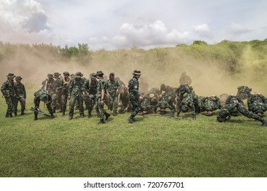 LOPBURI, THAILAND - SEPTEMBER 16, 2017 : Special combat troops perform basic training. With new troops on September 16, 2017 in lopburi, thailand.