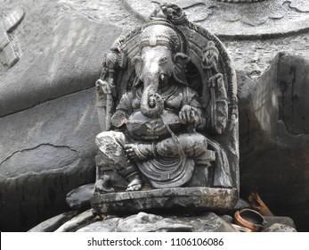 Lord Ganesha Statue at Sahasralinga is situated in river Shalmala, Sirsi Taluk in the district of Uttara Kannada of Karnataka state in India.
