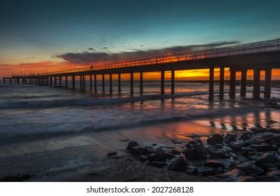 Lorne pier dramatic sunrise Victoria coastal great southern ocean reflections rocky shore