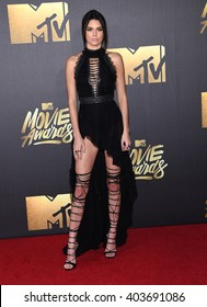 LOS ANGELES - APR 09:  Kendall Jenner arrives to the Mtv Movie Awards 2016  on April 09, 2016 in Hollywood, CA.