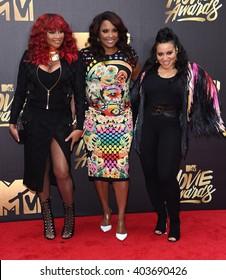 LOS ANGELES - APR 09:  Salt n Pepa & DJ Spinderella arrives to the Mtv Movie Awards 2016  on April 09, 2016 in Hollywood, CA.